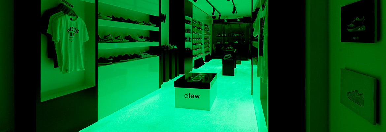 Afew Store Innenansicht Glow in the dark