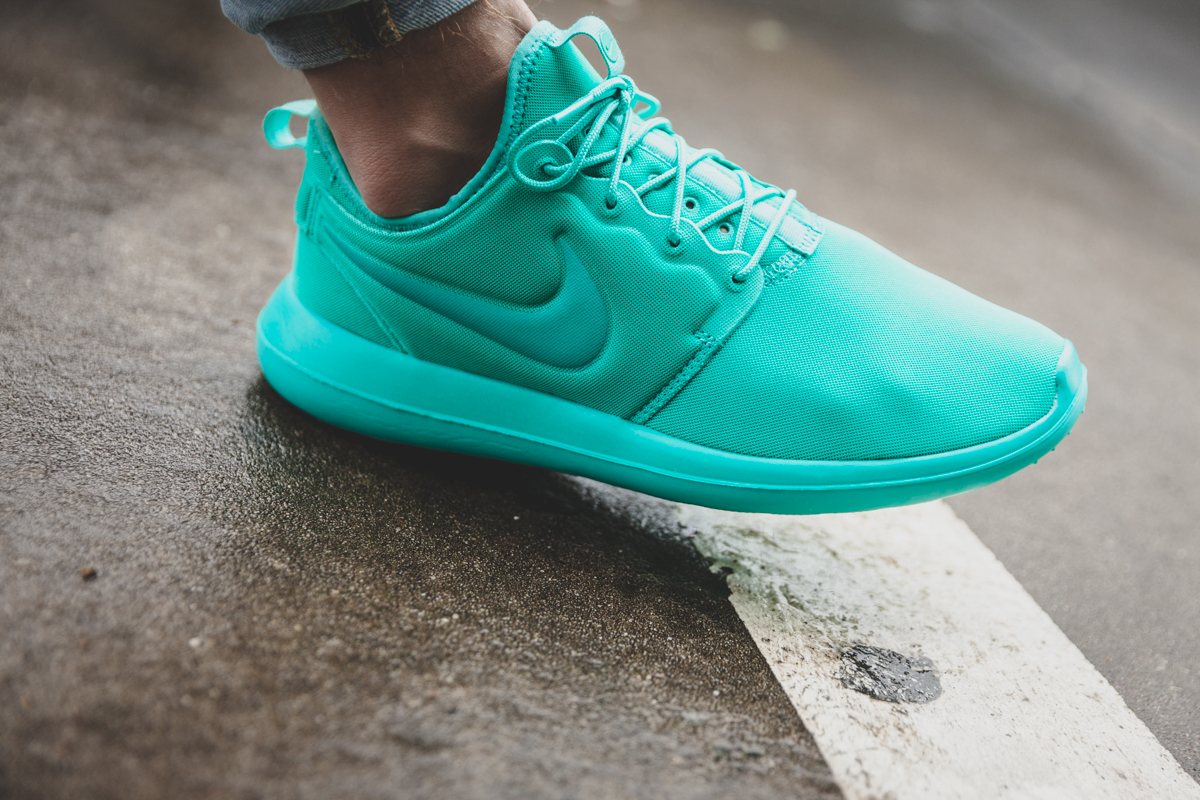 Nike Roshe Team Red Nike Id University of Science and Arts of