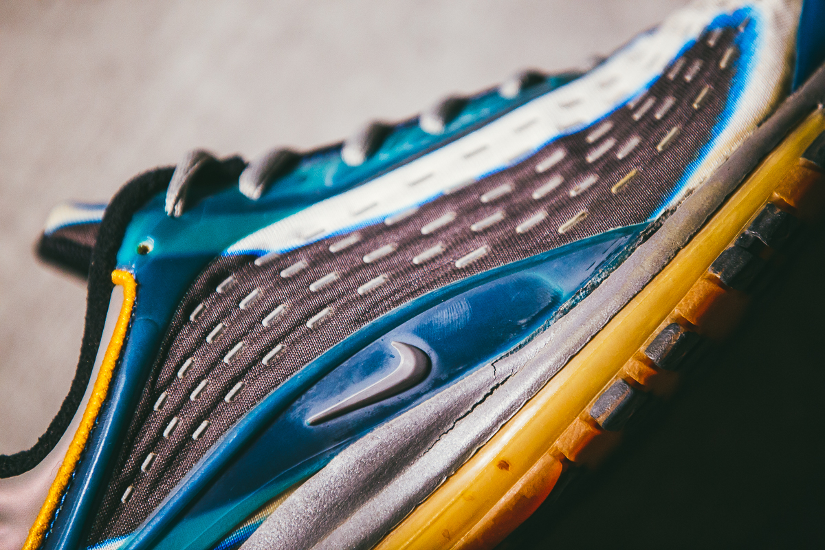 Nike Air Max Deluxe 1999