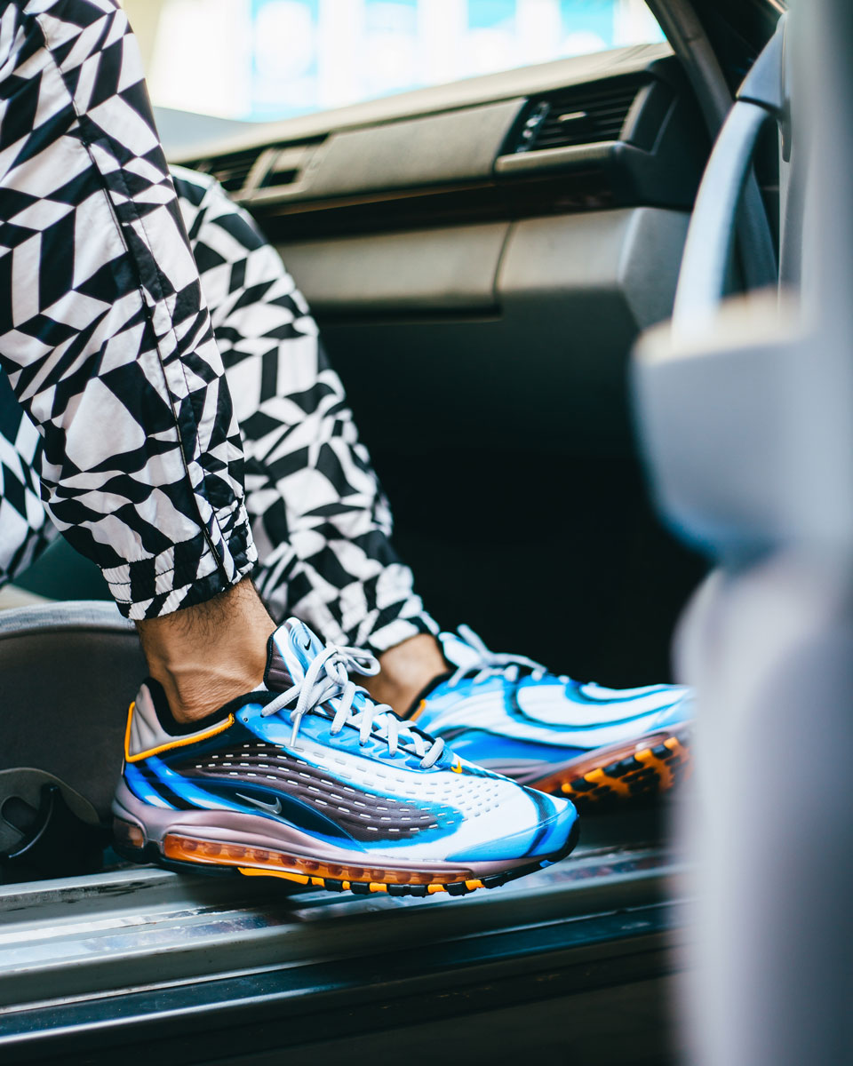 Nike Air Max Deluxe On-Feet