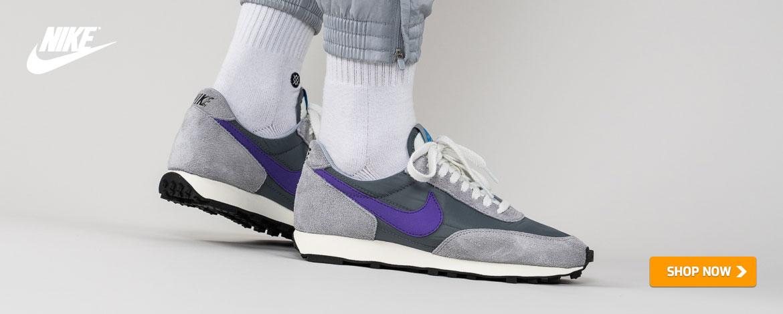 00243343 Sneaker-Online-Store from Düsseldorf